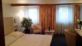 Zimmer 372